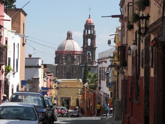 Street scene in San Miguel de Allende