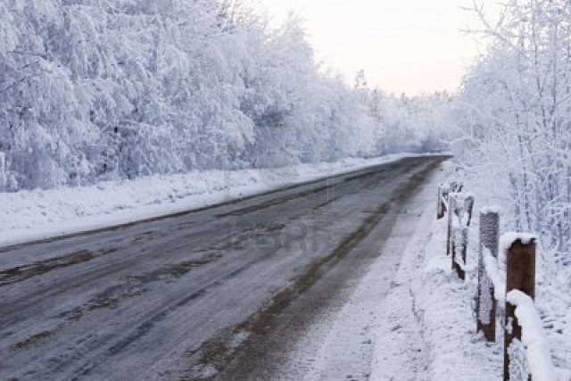 dirty-winter-snow-bound-road-is-in-the-country