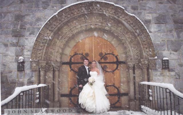 Wedding with snow