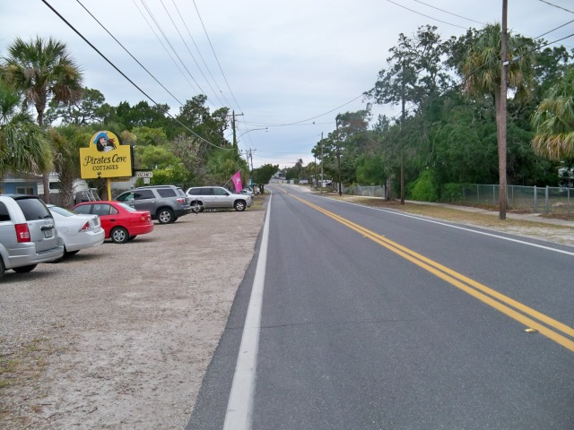 Road past Pirates Cove