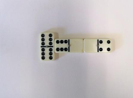 Dominos spinner third play