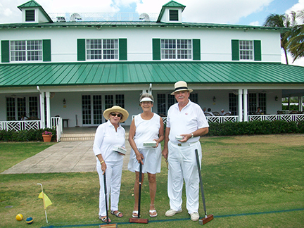 Steuber Golf Winners Rosemary Falconer, Sharon Kendrick, Tom Tribby