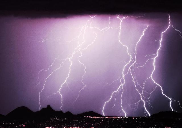 lightning-storm-north-scottsdale-az-85255-james-bo-insogna