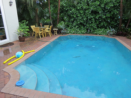 Overflowing pool