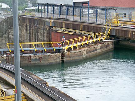 Workmen on Lock