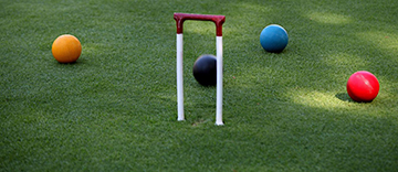 croquet-on-lawn